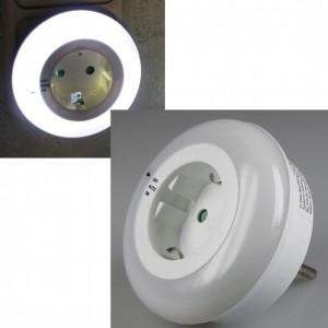 LED-Nachtlicht Zwischenstecker 230V 0,8W 3LEDs On/Off/Auto